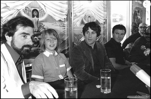 From left to right: Martin Scorsese, Jodie Foster, Robert De Niro and Harvey Keitel in a press conference for the movie Taxi Driver presented at the 1976 Cannes Film Festival.