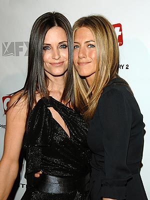 """Legendary Television show """"FRIENDS"""" co-stars and real life BFFs Courteney Cox and Jennifer Aniston also makes the list with having hand to hand combat trainings. Cox is a long-time practitioner of karate while Aniston keeps herself young and in shape by training in Budokon created by Cameron Shayne."""