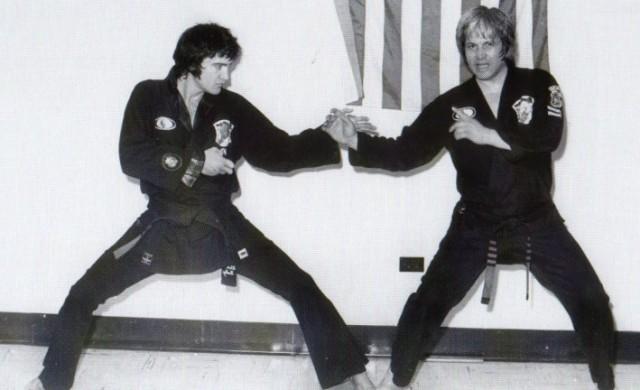 Elvis-Presley-640x390.jpg
