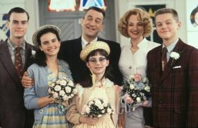 Robert De Niro, Leonardo DiCaprio, Ellen Barkin, Carla Gugino, Zachary Ansley, and Eliza Dushku in This Boy's Life (1993)