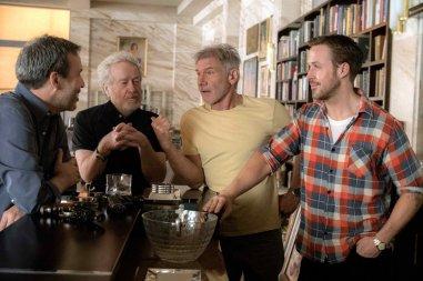 Denis Villeneuve, Ridley Scott, Harrison Ford and Ryan Gosling on the set of Blade Runner 2049 (2017) | Photo by Stephen Vaughan - © 2016 - Warner Bros. Titles: Blade Runner 2049.